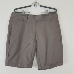 Ann Taylor shorts sz 8